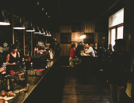 Girls Who Travel | A pub in Melbourne