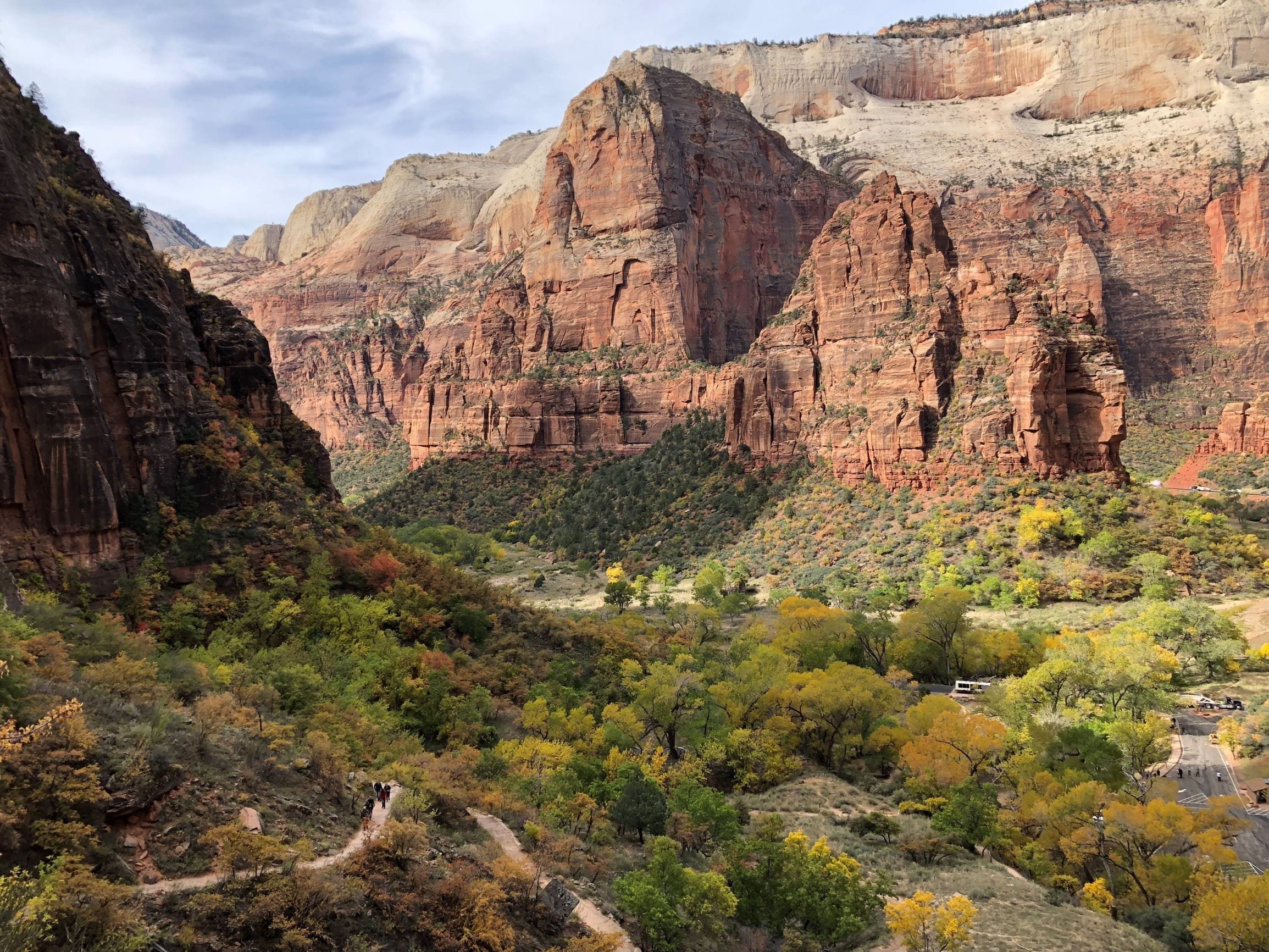 The beginning of the hike to Observation Point in Zion | Girls Who Travel
