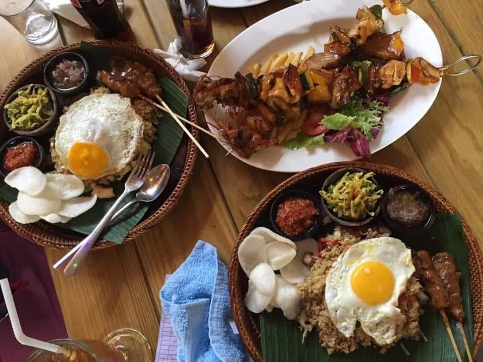 Girls Who Travel | A delicious Balinese meal