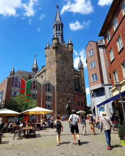 Girls Who Travel | Aachen town hall