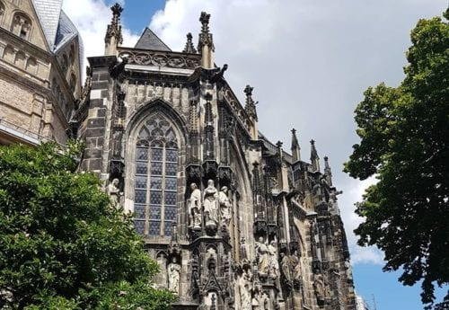 Girls Who Travel   Aachen Cathedral